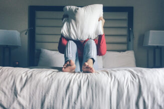 Dla kogo materac rehabilitacyjny do spania?