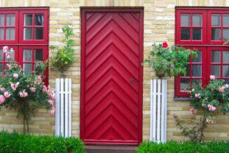 Czerwone drzwi, a Feng Shui