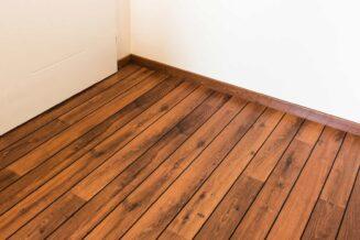 Jak uchronić podłogę drewnianą przed szkodnikami?