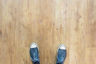Czym zabezpieczyć drewnianą podłogę przed szkodnikami
