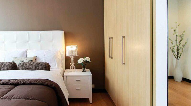 szafa w sypialni fashionmeble