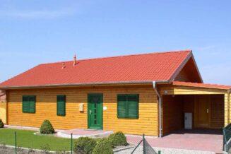Dom z drewna prosto z fabryki?